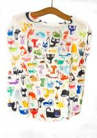 Camiseta Cats and One Dog