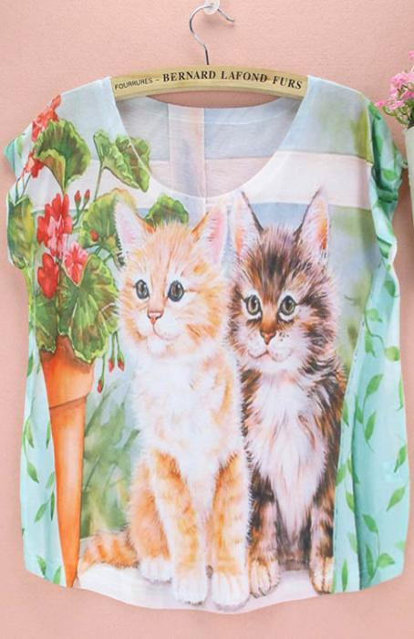 Camiseta gatitos y flores